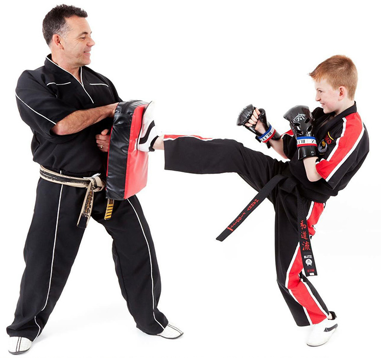 USKO Karate Bag Work